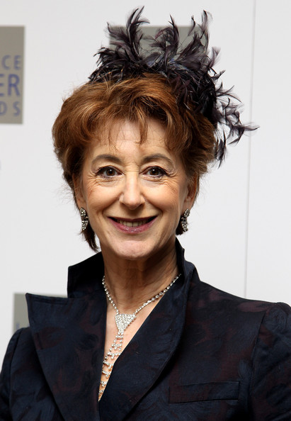 Maureen Lipman Short cut with bangs