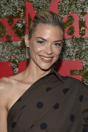 Jaime King wore her short hair in a half updo at the InStyle Max Mara Women in Film celebration.