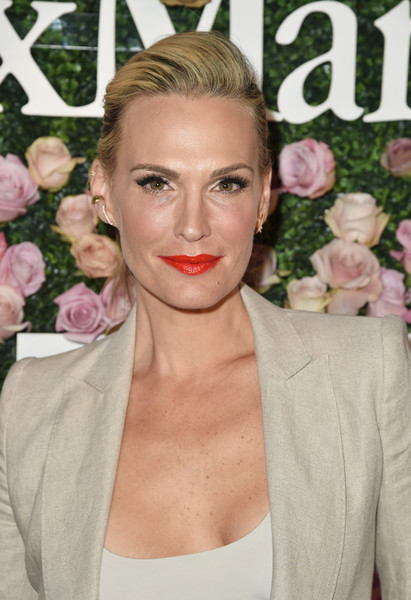 Molly Sims looked gorgeous wearing this ponytail with a teased top at the 2017 Face of the Future event.