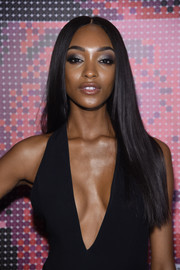 Jourdan Dunn wore her hair down in an elegant straight style at the Maybelline NYFW welcome party.