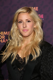 Ellie's pretty pink lips gave her a fun and playful touch on the red carpet.