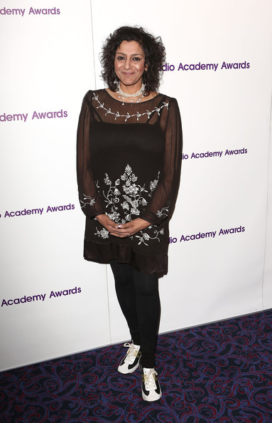 Meera Syal Clothes