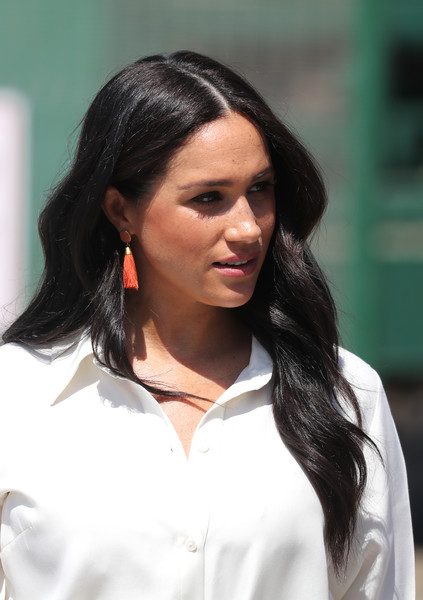 Meghan Markle Dangle Decorative Earrings [hair,hairstyle,black hair,lady,beauty,chin,long hair,brown hair,layered hair,harry,meghan,johannesburg,township,sussex,duchess,south africa,duke of sussex,youth employment services,duke and duchess of sussex visit,wedding of prince harry and meghan markle,british royal family,royal family,celebrity,duke,actor,royal tours of canada by the canadian royal family,prince,prince harry duke of sussex]