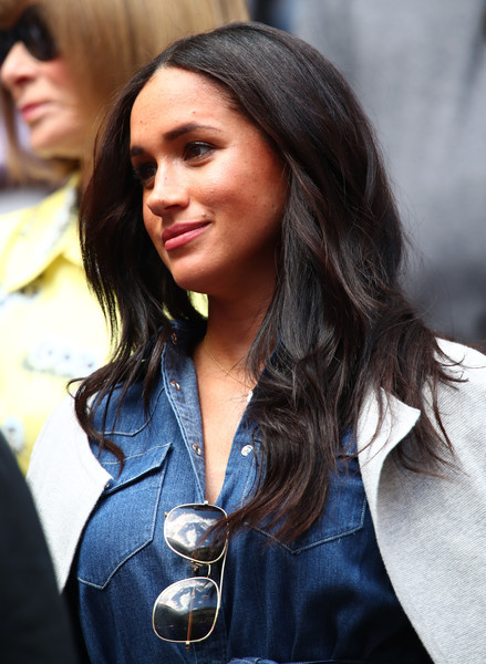Meghan Markle Long Center Part [womens singles,hair,street fashion,hairstyle,beauty,long hair,eyewear,lip,lady,fashion,black hair,meghan,r,bianca andreescu,serena williams,sussex,duchess,united states,us open,match]