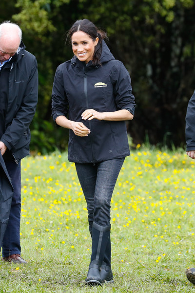 Meghan Markle Raincoat