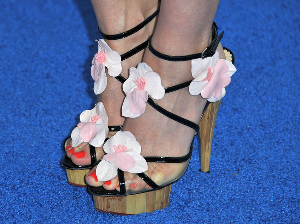 Meghan Ory Shoes