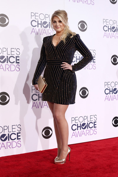 Meghan Trainor Box Clutch [clothing,dress,cocktail dress,red carpet,carpet,fashion model,shoulder,little black dress,hairstyle,premiere,meghan trainor,peoples choice awards,microsoft theater,los angeles,california,red carpet]