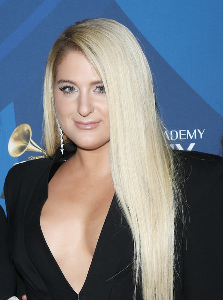 Meghan Trainor Long Straight Cut [delta air lines celebrates 2019 grammys with private reception and performance,hair,blond,hairstyle,long hair,beauty,chin,eyebrow,hair coloring,layered hair,lip,ella mai,meghan trainor,grammys,california,los angeles,mondrian hotel,delta air lines]