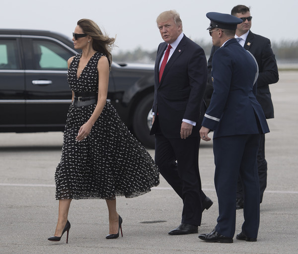 Melania Trump Midi Dress [photo,suit,dress,fashion,street fashion,lady,standing,luxury vehicle,formal wear,footwear,white-collar worker,melania trump,donald trump,president,jim watson,c,west palm beach,florida,us,afp]