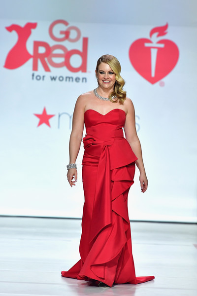 Melissa Joan Hart Strapless Dress [fashion model,dress,clothing,red,gown,fashion,shoulder,fashion show,formal wear,haute couture,melissa joan hart,runway,hammerstein ballroom,new york city,american heart associations go red for women red dress collection,macys,american heart associations go red for women red dress collection 2018]