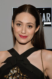 Emmy Rossum kept her styling simple with this loose center-parted 'do during Mercedes-Benz Fashion Week.