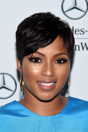 Alicia Quarles looked stylish with her textured short 'do during Mercedes-Benz Fashion Week.