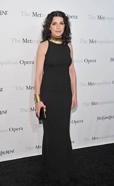More Pics of Julianna Margulies Gold Choker Necklace (3 of 4) - Gold Choker Necklace Lookbook - StyleBistro