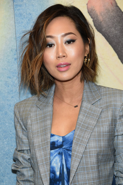 More Pics of Aimee Song Exotic Skin Tote (1 of 3) - Aimee Song Lookbook - StyleBistro [michael kors collection fall 2018 runway show,hair,face,hairstyle,eyebrow,beauty,long hair,lip,brown hair,chin,blond,aimee song,front row,new york city,lincoln center,vivian beaumont theatre]
