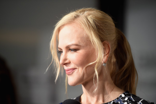 Nicole Kidman looked simply elegant with her ponytail and face-framing tendrils at the Michael Kors fashion show.
