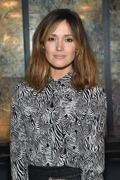More Pics of Rose Byrne Oversized Clutch (1 of 3) - Clutches Lookbook - StyleBistro [hair,hairstyle,beauty,fashion,brown hair,long hair,layered hair,neck,fashion model,style,michael kors,rose byrne,dinner,new york city,10 corso como]