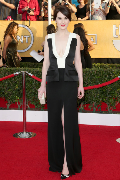 Michelle Dockery Evening Dress [flooring,carpet,red carpet,fashion model,formal wear,fashion,shoulder,gown,dress,outerwear,arrivals,michelle dockery,screen actors guild awards,los angeles,california,the shrine auditorium]