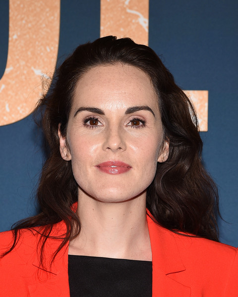 Michelle Dockery Long Wavy Cut [hair,face,hairstyle,eyebrow,chin,lip,forehead,premiere,long hair,smile,arrivals,michelle dockery,california,los angeles,dga theater,netflix celebrates 12 emmy nominations for ``godless,netflix celebrates 12 emmy nominations for godless]