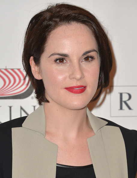 Michelle Dockery Red Lipstick [downton abbey,season,hair,face,lip,eyebrow,hairstyle,chin,beauty,forehead,cheek,brown hair,michelle dockery,photo call,california,beverly hills,the beverly hilton hotel,pbs history,pbs historys downton abbey]