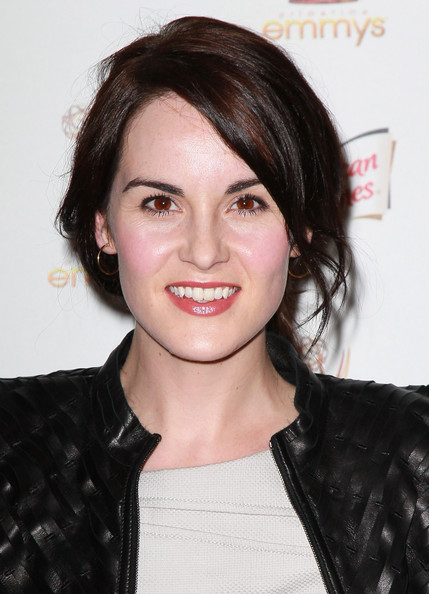 Michelle Dockery Loose Ponytail [hair,face,hairstyle,eyebrow,lip,chin,beauty,black hair,forehead,brown hair,performers,michelle dockery,63rd primetime emmy awards,spectra,west hollywood,california,academy of television arts sciences,nominee reception,nominee reception]