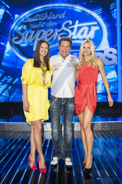 Michelle Hunziker Peep Toe Pumps [fun,yellow,fashion,electric blue,event,performance,leisure,fashion design,talent show,competition,dsds kids - jury photocall,l-r,cologne,germany,coloneum,jury,dsds kids,michelle hunziker,dieter bohlen,dana schweiger]