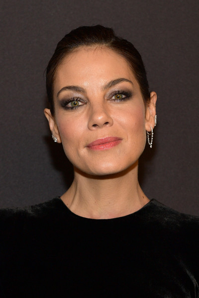 Michelle Monaghan Diamond Hoops [hair,face,eyebrow,hairstyle,chin,forehead,cheek,lip,head,skin,michelle monaghan,beverly hills,california,the beverly hilton hotel,instyle,red carpet,warner bros. 76th annual golden globe awards,warner bros. 76th annual golden globe awards post-party]