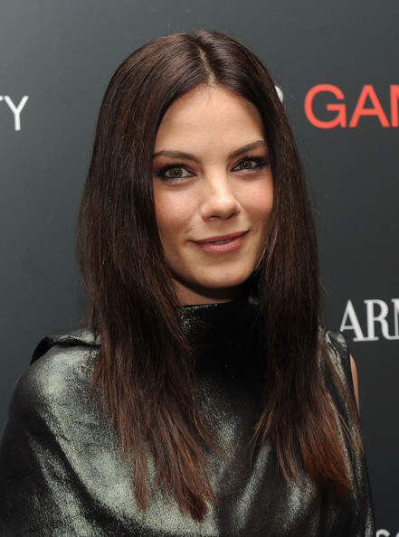 Michelle Monaghan Layered Cut [the cinema society host a screening of ``fair game,fair game,arrivals,giorgio armani,michelle monaghan,screening,new york city,the museum of modern art,the cinema society]