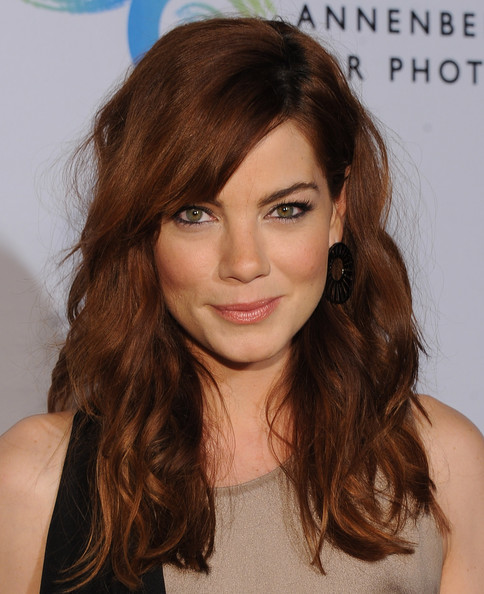 Michelle Monaghan Long Wavy Cut with Bangs [portraits,hair,face,hairstyle,eyebrow,brown hair,hair coloring,chin,long hair,layered hair,beauty,michelle monaghan,reach,charlize theron africa outreach project,california,los angeles,the annenberg space for photography,randall slavin benefitting]