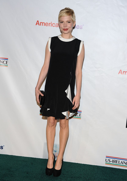 Actress Michelle Williams arrives at the 7th Annual