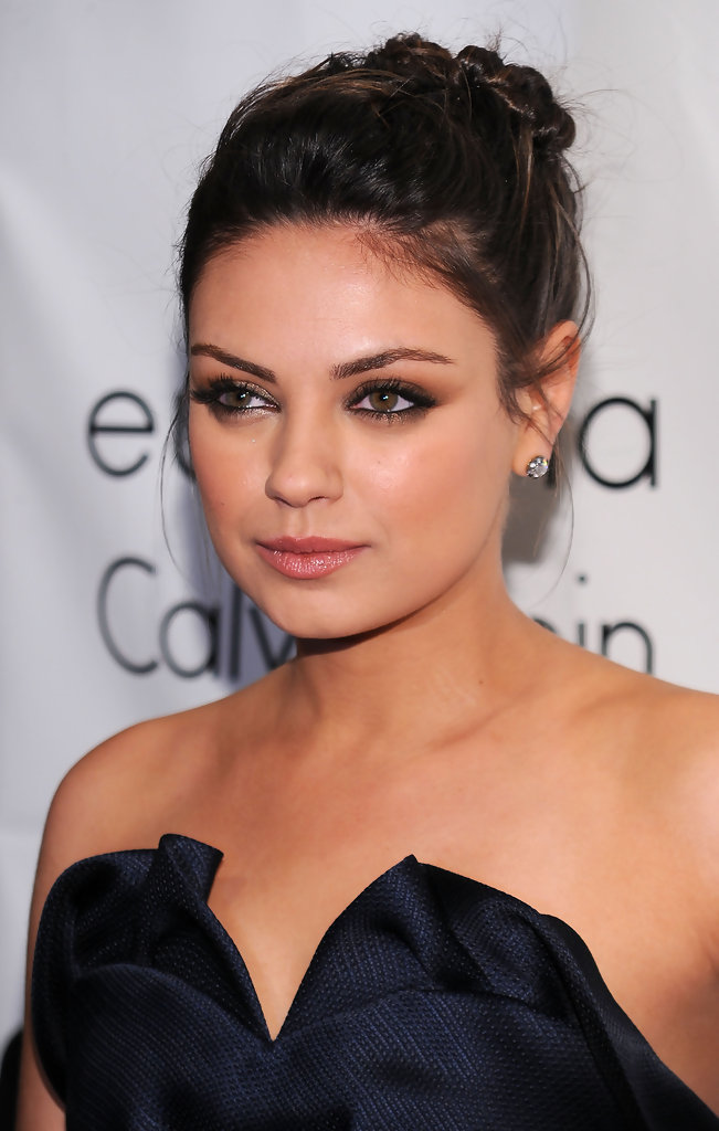Mila kunis updos mila kunis hair stylebistro mila kunis looked sultry on the red carpet as she showed off her twisted bun pmusecretfo Image collections