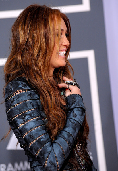 more pics of miley cyrus long wavy cut 21 of 42 miley