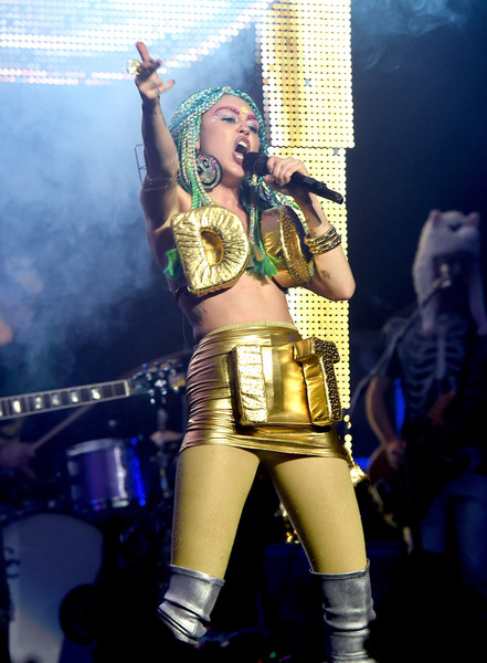 More Pics of Miley Cyrus Bra (7 of 25) - Bra Lookbook - StyleBistro [miley cyrus,dead petz,her dead petz perform,performance,performing arts,music,music artist,event,stage,costume,musician,singing,cosplay,the wiltern,california,los angeles]