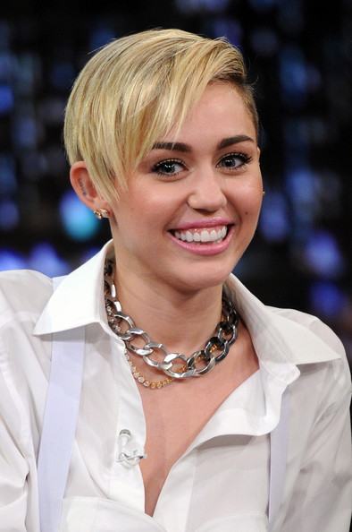 Miley Cyrus Boy Cut [miley cyrus,late night with jimmy fallon,hair,blond,hairstyle,lady,chin,beauty,smile,layered hair,bob cut,pixie cut,new york city,rockefeller center]
