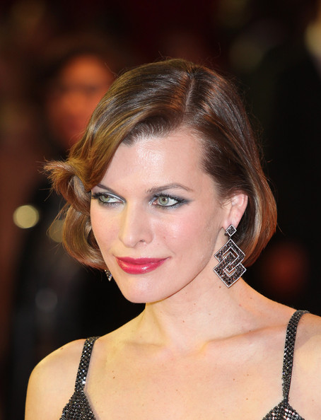 Milla Jovovich Bob [the three musketeers,hair,face,hairstyle,eyebrow,beauty,lip,chin,blond,brown hair,fashion model,red carpet arrivals,milla jovovich,e one,world,england,london,the three musketeers uk,premiere,premiere]