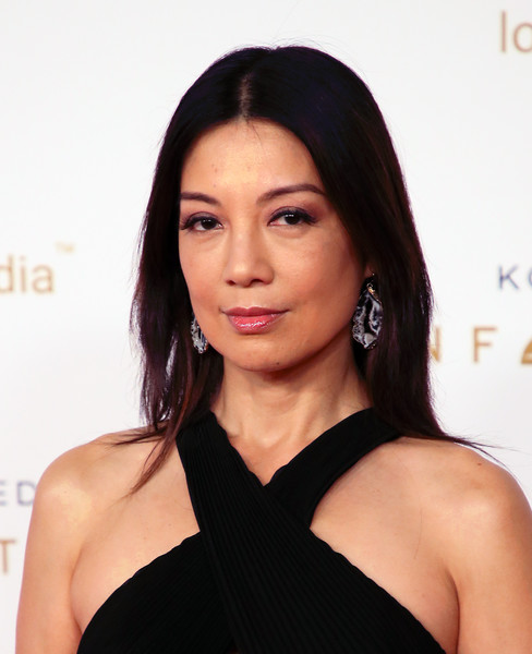 Ming-Na Wen Long Straight Cut [hair,face,shoulder,hairstyle,eyebrow,chin,beauty,lip,black hair,skin,arrivals,ming-na wen,unforgettable gala,the beverly hilton hotel,beverly hills,california,gala]