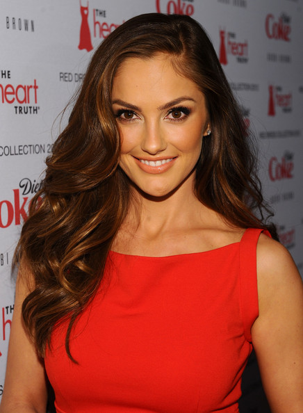 Minka Kelly Long Side Part [red carpet,hair,shoulder,hairstyle,brown hair,beauty,lip,eyebrow,long hair,cocktail dress,blond,minka kelly,heart truth,new york city,hammerstein ballroom,red dress collection 2012 fashion show]
