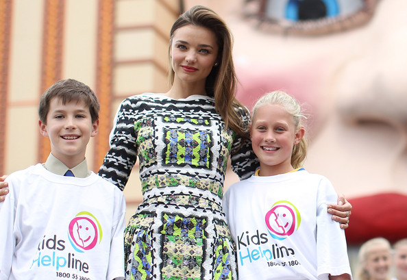 More Pics of Miranda Kerr Print Dress (6 of 30) - Miranda Kerr Lookbook - StyleBistro