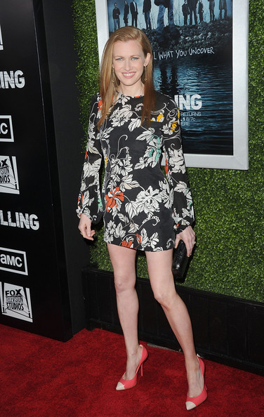 Mireille Enos Pumps