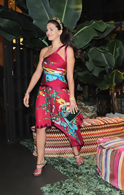 Margherita Missoni looked festive in a printed one-shoulder dress with an asymmetrical hem at the Missoni Loves Leaves party.