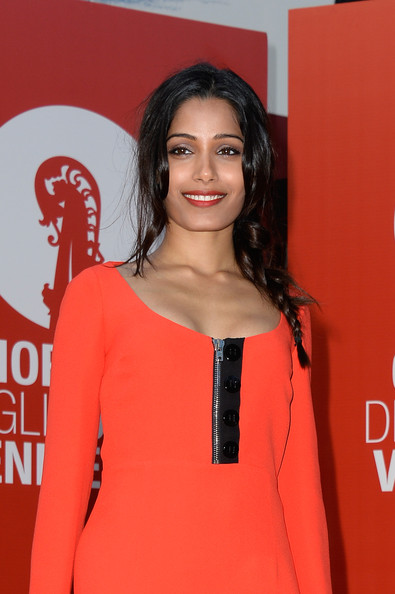 More Pics of Freida Pinto Mini Dress (3 of 21) - Freida Pinto Lookbook - StyleBistro