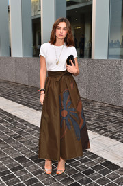 Kasia Smutniak's flared brown maxi skirt provided a chicer finish.