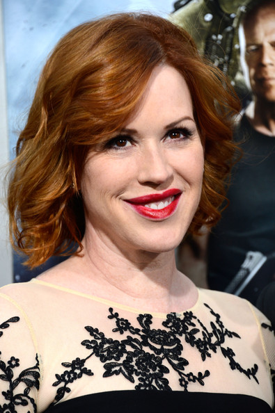 Molly Ringwald Curled Out Bob [hair,face,lip,hairstyle,eyebrow,chin,shoulder,beauty,skin,brown hair,arrivals,molly ringwald,g.i.,joe: retaliation,california,hollywood,tcl chinese theatre,paramount pictures,premiere,premiere]