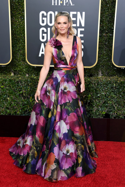 Molly Sims Print Dress [red carpet,dress,clothing,carpet,fashion model,gown,premiere,fashion,flooring,purple,arrivals,molly sims,the beverly hilton hotel,beverly hills,california,golden globe awards]