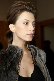 Elettra Wiedemann wore her hair in a dramatic teased ponytail at the Monika Chiang fashion show.