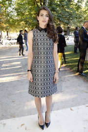 Charlotte Casiraghi finished off her look with classic black pumps.