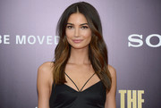Lily Aldridge went for a boho feel with this center-parted, subtly wavy 'do when she attended the 'Monuments Men' premiere.