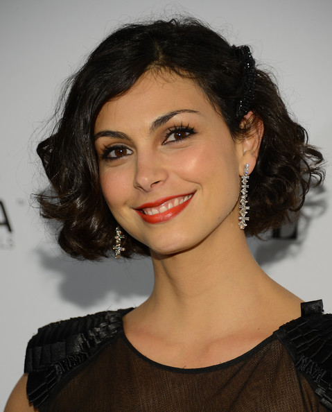 Morena Baccarin Curled Out Bob