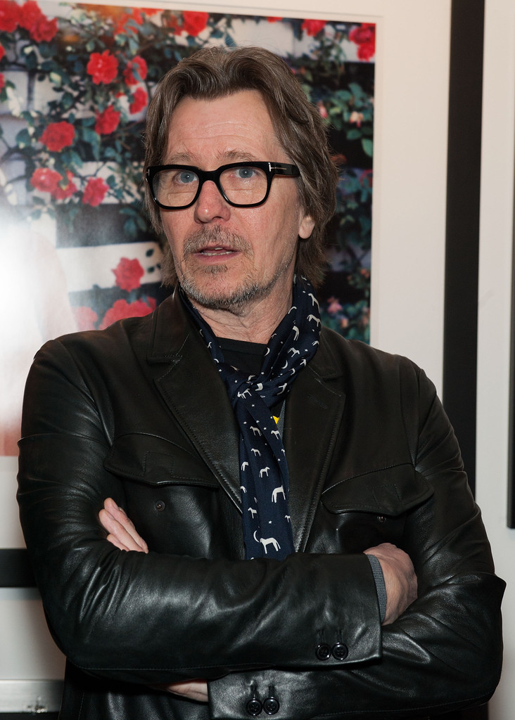 More Pics Of Gary Oldman Patterned Scarf 2 Of 4 border=