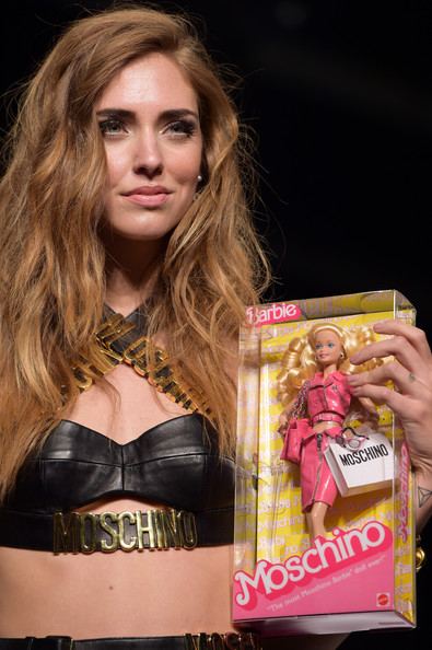 More Pics of Chiara Ferragni Mini Skirt (2 of 3) - Dresses & Skirts Lookbook - StyleBistro [show,beauty,blond,brown hair,fashion,muscle,long hair,hair coloring,model,black hair,chiara ferragni,front row,moschino,ports1961,milan,italy,milan fashion week womenswear spring]