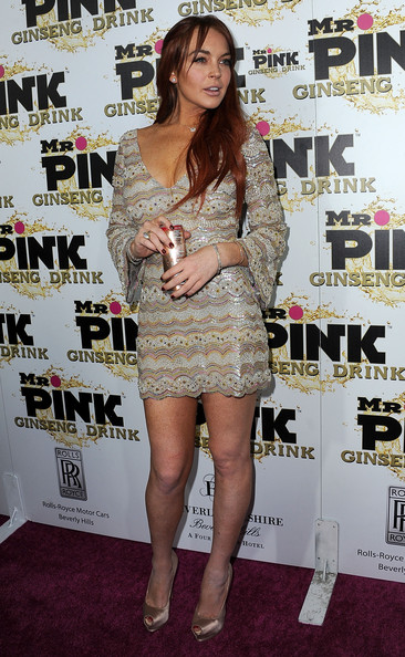 More Pics of Lindsay Lohan Long Wavy Cut (3 of 35) - Long Wavy Cut Lookbook - StyleBistro